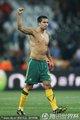 图文:塞尔维亚1-2澳大利亚 卡希尔挥拳庆祝