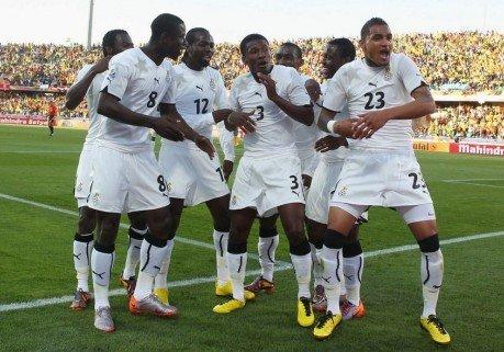 非洲球队迈入百场殿堂 加纳托起黑色大陆骄傲