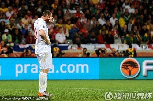 世界杯-英格兰0-0阿尔及利亚 两连平小组第三