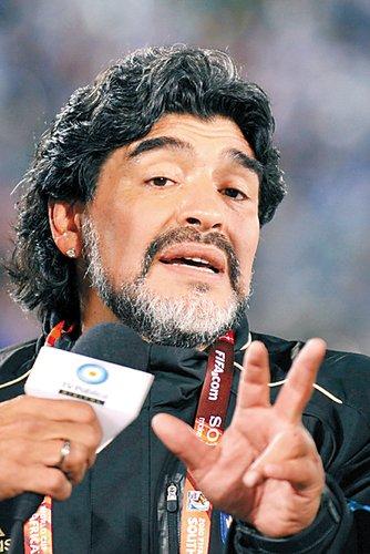 马拉多纳:我50岁了,成熟了 阿根廷将创历史