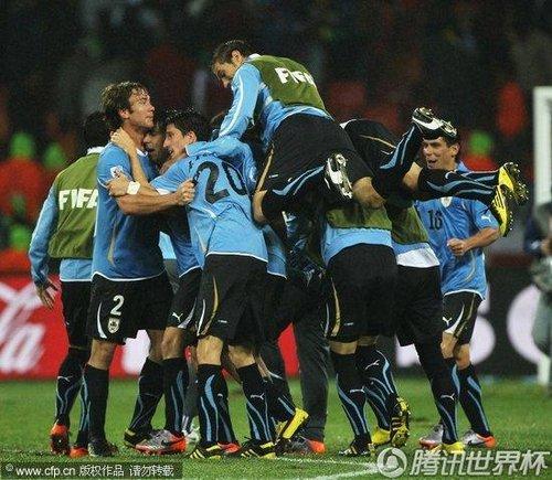 2010世界杯1/8决赛:乌拉圭2-1韩国