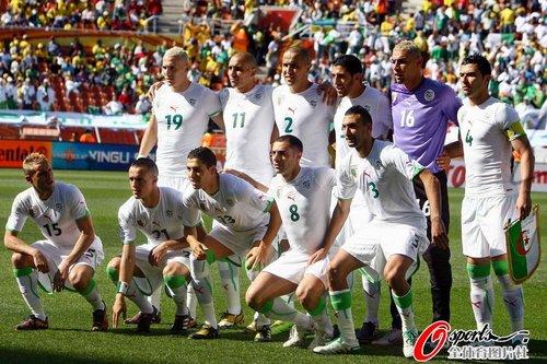 图文:阿尔及利亚VS斯洛文尼亚 阿队首发阵容