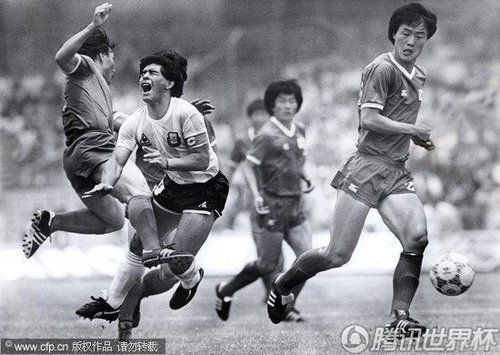 2010世界杯:韩国回忆墨西哥往事 许丁茂暴力飞踹马拉多纳