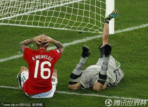 图文:葡萄牙0-0巴西 梅雷莱斯错失良机