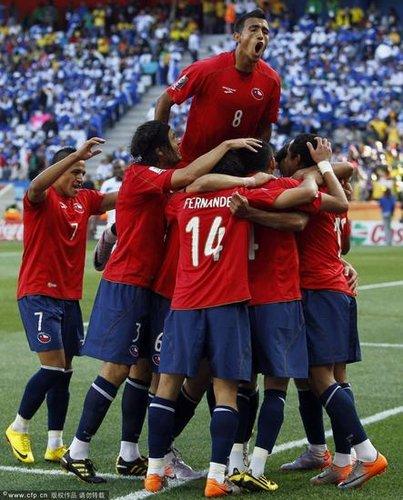 世界杯-智利1-0洪都拉斯 前国安旧将替补登场