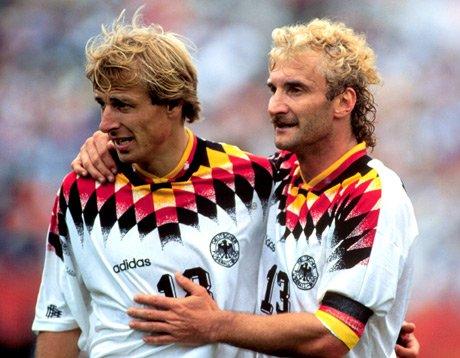 评论 资料区  正文  1994年 世界杯 ,卫冕冠军德国队小组赛发挥一般,1图片
