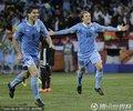 乌拉圭队员庆祝进球