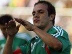 视频:世界杯经典过人动作 布兰科赛场玩蛙跳