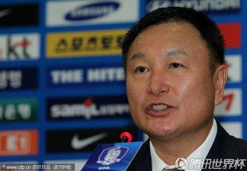 韩国主帅许丁茂宣布辞职 坦言自己需时间休息