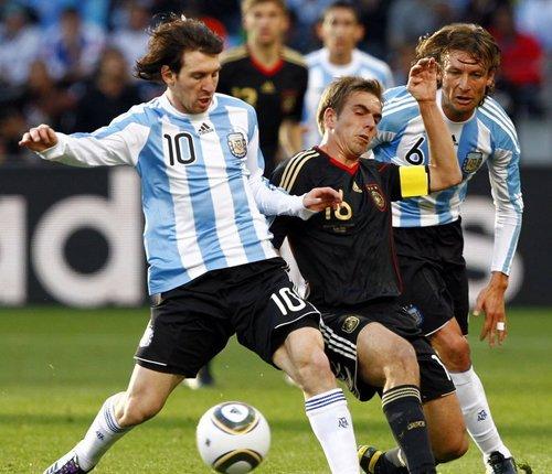 强强对话、黑马、冷门 世界杯靠这些讨好球迷