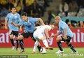 图文:法国0-0闷平乌拉圭 里贝里被围堵