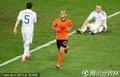 图文:荷兰2-1斯洛伐克 斯内德庆祝