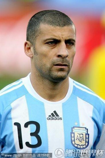 图文 阿根廷1 0尼日利亚 阿根廷队萨穆埃尔