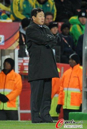 朝鲜主帅:输球也感到骄傲 我没空关心韩国队