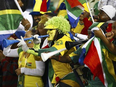 Vuvuzela吹响世界杯号角 球员忍受噪音煎熬