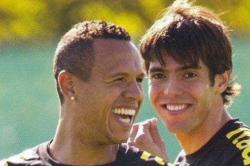 南非球迷质疑小罗缺席 五星巴西只识卡卡一人
