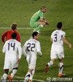 图文:美国1-0阿尔及利亚 双方球员鲜明对比