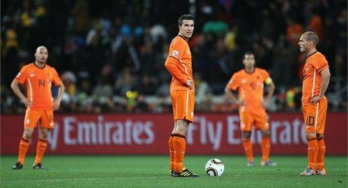 范佩西:西班牙夺冠大热 荷兰不允许胜利溜走