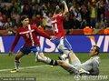 图文:塞尔维亚1-2澳大利亚 潘特里奇扳回一球