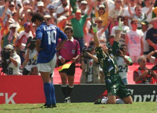 1994年巴乔背影再现! 沉默的斯内德感动世界