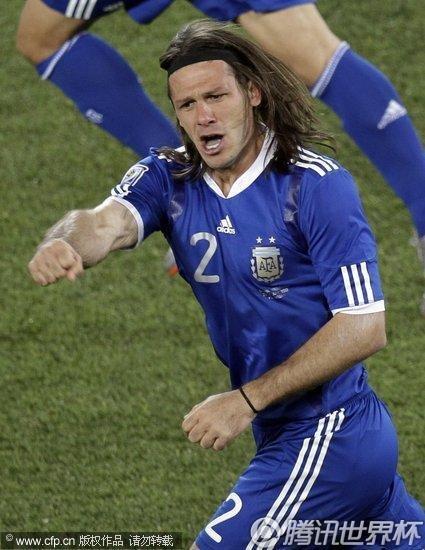 2010世界杯小组赛B组末轮:阿根廷2-0希腊