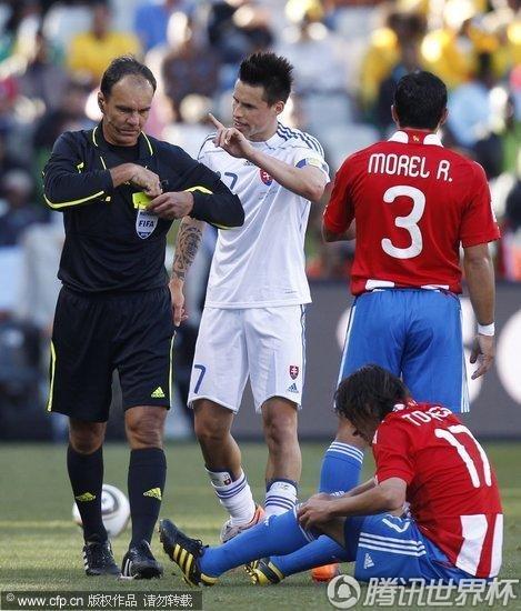 2010世界杯小组赛F组次轮:巴拉圭2-0斯洛伐克