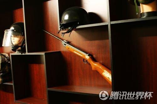 私人保镖揭世界杯安全隐患 3000人民币可购AK47