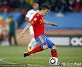 图文:西班牙2-0洪都拉斯 比利亚传球瞬间
