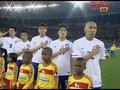 视频:国歌奏响旗帜飘扬 韩国球员敬礼表崇敬