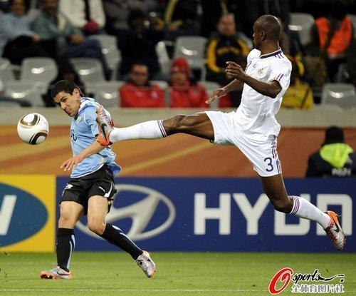 世界杯-法国平10人乌拉圭 亨利4届出场成传奇