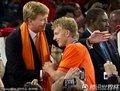 荷兰队获得亚军(1)
