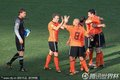 荷兰队员庆祝胜利