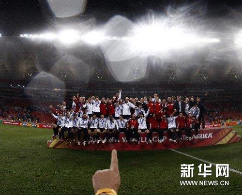 """新华网:""""闷骚""""德国不愧世界杯常胜秀才"""