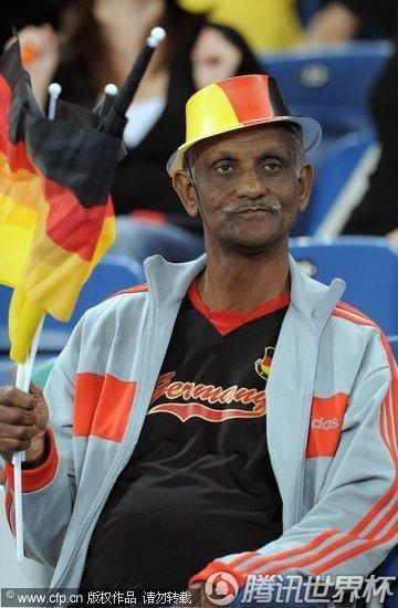 2010世界杯小组赛D组首轮:德国Vs澳大利亚
