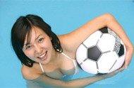 组图:日本足球宝贝 清纯靓丽力挺国家队