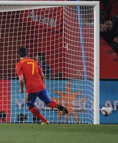 西班牙点球72年首失手 全场最佳一脚踢飞纪录