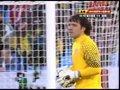 视频:塞尔维亚长腿华丽铲 加纳前锋无功而返