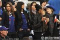 图文:法国0-0乌拉圭 法国太太团集体亮相(6)