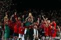 西班牙队获得冠军(6)