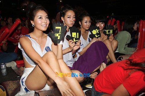 世界杯间韩国揩油案骤增 女球迷街头看球遭殃