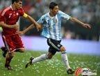 视频:阿根廷5球大胜 妖翼世界波+阿奎罗巧射