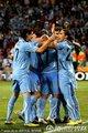 图文:德国3-2乌拉圭 乌拉圭队员庆祝进球