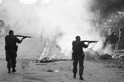 """""""基地""""组织谋划袭击世界杯 南非安全蒙阴影"""