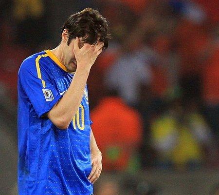 巴西惨遭淘汰,卡卡失望至极