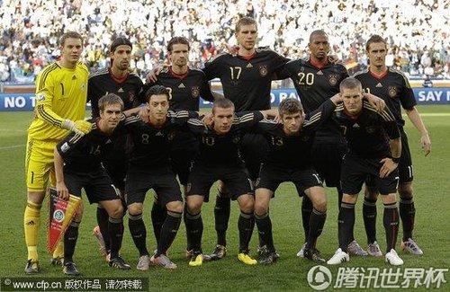 图文:阿根廷vs德国 德国队首发图片