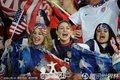 图文:英格兰1-1美国 贝帅里奥现身替补席(72)