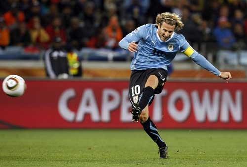 图文:乌拉圭VS荷兰 弗兰世界波扳平比分