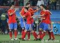 西班牙球员庆祝进球