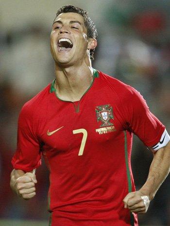 C罗!葡萄牙全民等待