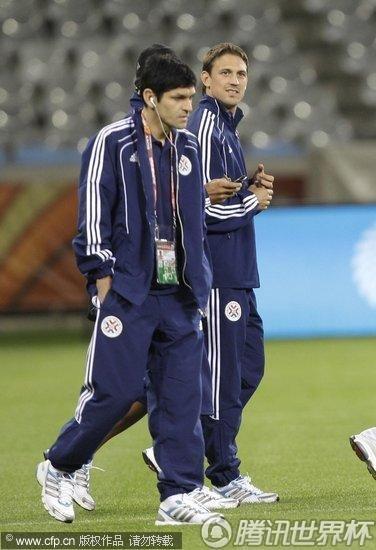 2010世界杯F组:巴拉圭备战强敌 圣克鲁兹信步闲庭